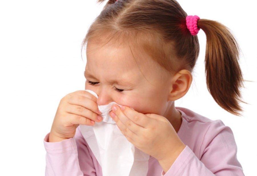 Использование белого тайского бальзама при простуде у детей