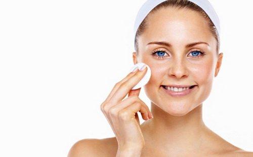 Очищение жирной кожи лица